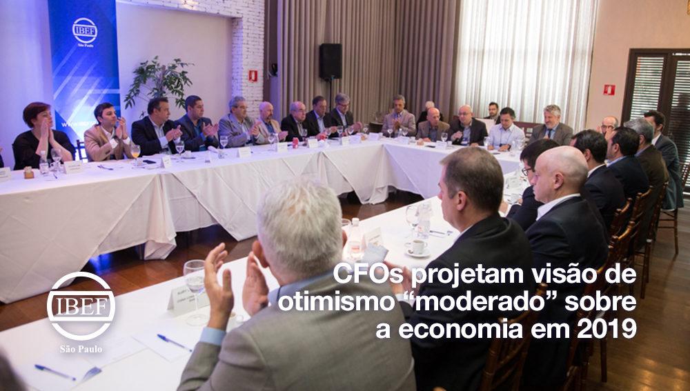 """CFOs projetam visão de otimismo """"moderado"""" sobre a economia em 2019"""